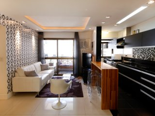 Rio088-Beautiful apartment with 2 bedrooms in Ipanema in building with pool