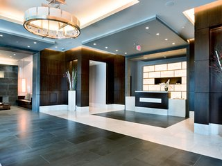 Global Luxury Suites at Metropolitan