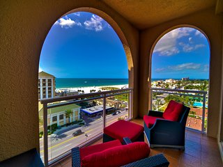 Belle Harbor Penthouse 1002W Penthouse Lifestyles of the Rich and Famous