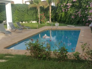 Comfortable 4 Bedrooms Villa with Swimming Pool  Ref: HI41054