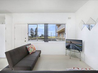 Seascape has it all!  Sun, Surf and City Sights. 2 bedroom in a unique location.