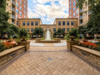 Global Luxury Suites  Metropolitan Park Arlington