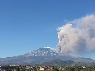Attico vista Etna e mare