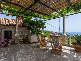 Traditional Croatian house Dolina, Orasac with stunning view to adriatic sea