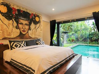 Villa Bellini SEMINYAK -5 Bdr Luxury Pool Villa_Sleeps up to 10 guests_Pure GLAM