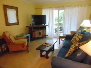 Ocean Walk Resort  E9  2 bdrm