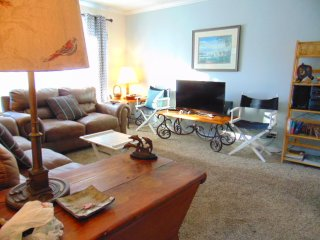 Ocean Walk Resort  H6  2 bdrm