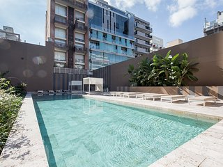 Spacius and modern apartment w/ Swimming pool and Gym