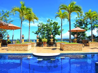 5 BR Palm Breeze Pool Villa with Amazing Ocean View