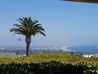 Stunning Views Ocean, Mountain & City enchanting Coastal Pacific Palisades
