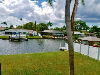 SPECTACULAR!  WATERFRONT 2 Story (Mercedes Benz Convertible Opt) -Dolphins/Kayak