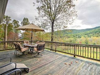 Splendid Asheville Area Cabin w/ Mt Pisgah Views!