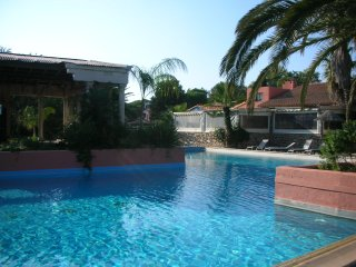 Magic vacations in South France - mediterranean sea, 320 sunny days sports, pool