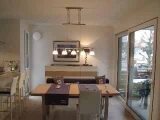 Ferienwohnung Am Riedlepark, 101 qm mit Balkon und 2 Schlafräumen für max. 4 Per