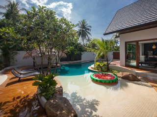Coco Lilly Private Luxury Lagoon Pool Villa