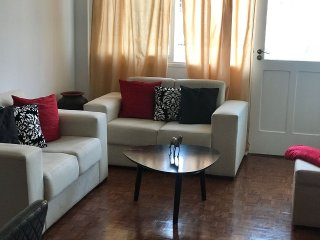 Central 2 Bedroom Apartment (T2)
