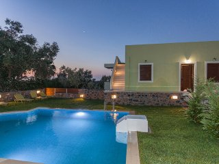 Mela Villas with Private Swimming Pool