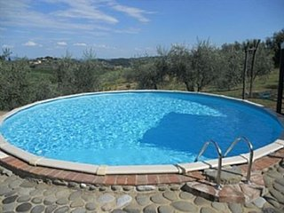 Farmhouse in the famous vineyards and olive groves of Lucca.