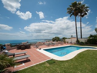 Luxury villa with stunning ocean/coastal views towards Africa and heated pool