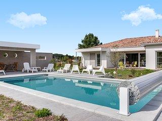 Villa avec piscine à deux pas des plages de Seigno