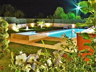 Luxury Villa Poquito with pool