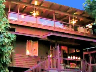 K-BAY VACATION HOMES Beautiful ocean and mountain views, 1 block to the beach