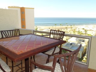 Beautiful 1½ Bedroom Condo on the Sea of Cortez at Las Palmas Resort D-603A