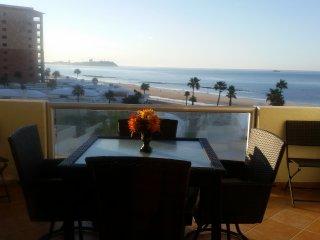 Spectacular 1 Bedroom Condo on Sandy Beach at Las Palmas  Resort G-402