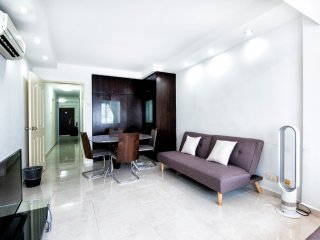 (Central Orchard) City Apartment For Big Group 14pax