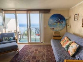 Pat's Beachfront 604 LOW RATES!!! w/Pool