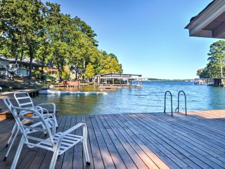 NEW! Lakeside 1BR Cabin in Hot Springs Natl. Park!