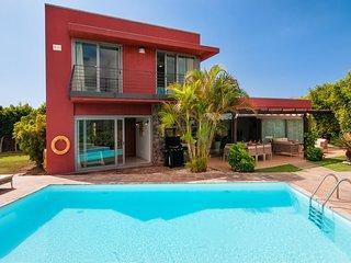 Magnífica villa con piscin-SV6