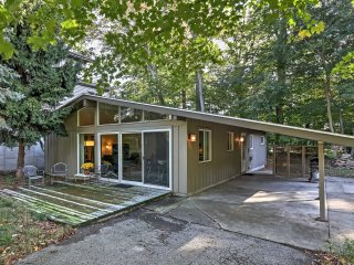 Serene Cottage w/ Patio - Steps to Lake Michigan!
