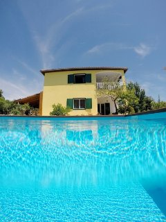 Villa with pool and large outdoor area for rent, Vinisce