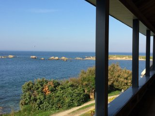 Villa Ty Ar Mor au bord de la mer avec sa piscine privee