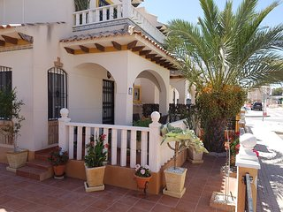 Casa Maria  Cosy 3 Bedroom Holiday Rental  Villa NR Alicante, close to the sea.