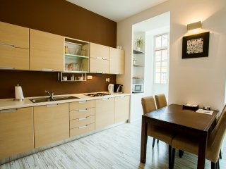 Superior apartment for six, near Vltava river and historical centre