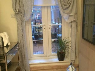 LOVELY 1 BEDROOM NEAR VICTORIA STATION