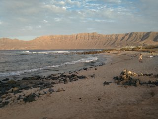 famara espectacular playa lanzarote