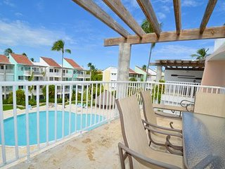 4019756- Private Beachfront Community, 1 BDRM + Loft
