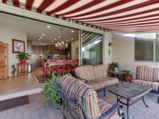 Your Home Away from Home! Home Office, Entertain, Outdoor BBQ, Close to Golf, He