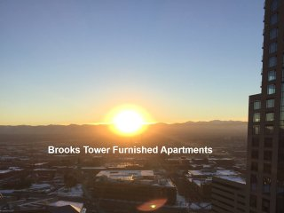 Brooks Tower Downtown 16th St Mall, Vu's, balcony, 24hr front desk, parking, gym