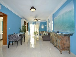 3672884- Gorgeous Second Floor 1 Bedroom, 2 Bath Condo