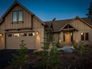 Luxury Cabin at Caldera Springs - Perfect Bend/Sunriver Escape