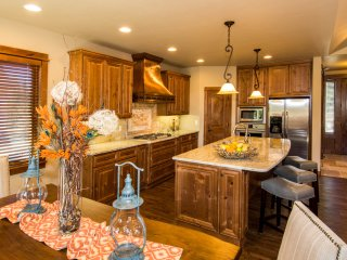 Luxury Cabin at Caldera Springs - Perfect Bend/Sunriver Escape