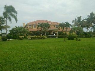 Wellington Hideaway Villa