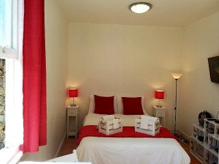 Excellent studio close to all tourist attractions!