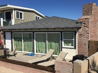 Oceanfront Escape - Patio on the Sand, 2 BBQs + Private Courtyard!  (68270)