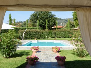 Villa Castiglioni - Castiglioni Villa, Private villa and pool,  Air Conditioning   for 12 plus