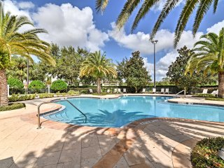 Reunion Resort Condo w/Pools - 15 Mins to Disney!